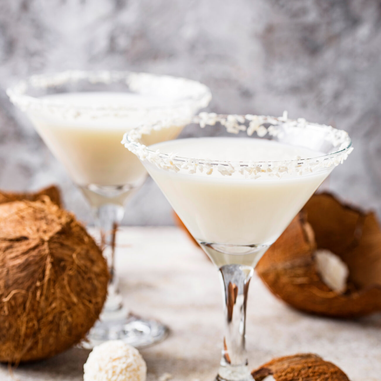 Brezalkoholni kokosov koktajl